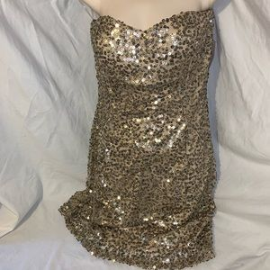 Trixxi dress NWT sparkly